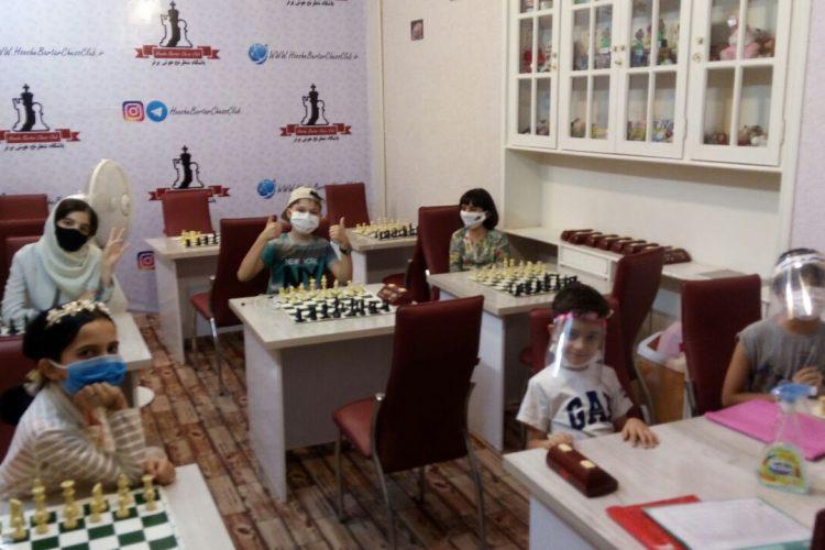 کلاس-آموزش-شطرنج-مقدماتی-بالای-8-سال