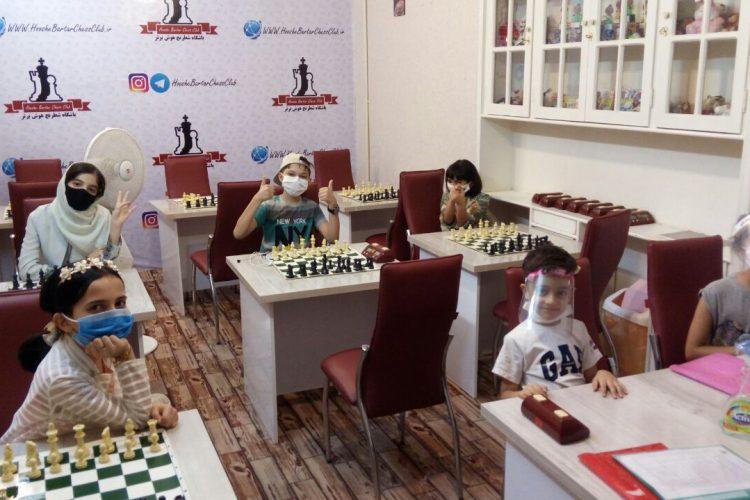 کلاس آموزش شطرنج مقدماتی بالای 8 سال